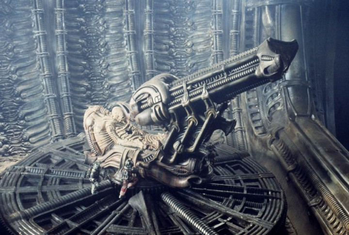 ScreenHub-Movie-Alien Space Jockey