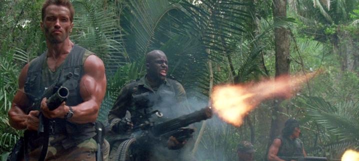 ScreenHub-Movie-Predator Firing Into Jungle